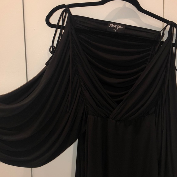 Nasty Gal Dresses & Skirts - Open Balloon Sleeve Dress